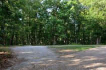 Photograph of the south trailhead parking lot on Farm Road 2185 - Piney Creek Wilderness