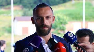 Vedat Muriqi'den Kosova'ya 'Evde Kal' çağrısı