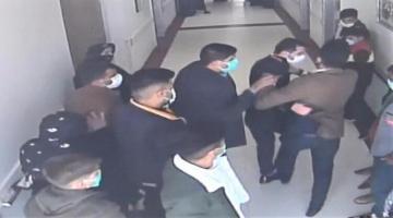 Şanlıurfa'da 20 hasta yakını, kendilerini uyaran özel güvenlik görevlisini darp etti
