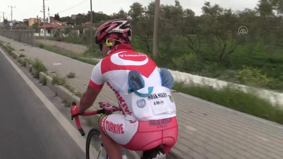 Özel güvenlik bisikletle yüzlerce kilometre pedal çevirdi, gittiği şehirlerde camilerde konakladı
