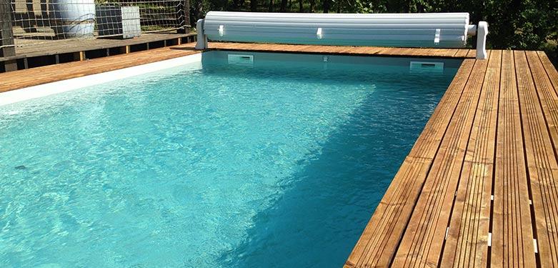 piscine bois 8x4 avec volet roulant