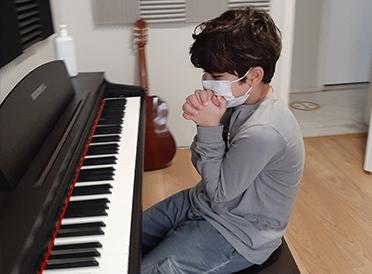 Piyano Kursu - Özgürlük Atölyesi