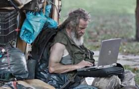 """""""Facebook'ta yoksullar var mı ya?"""""""