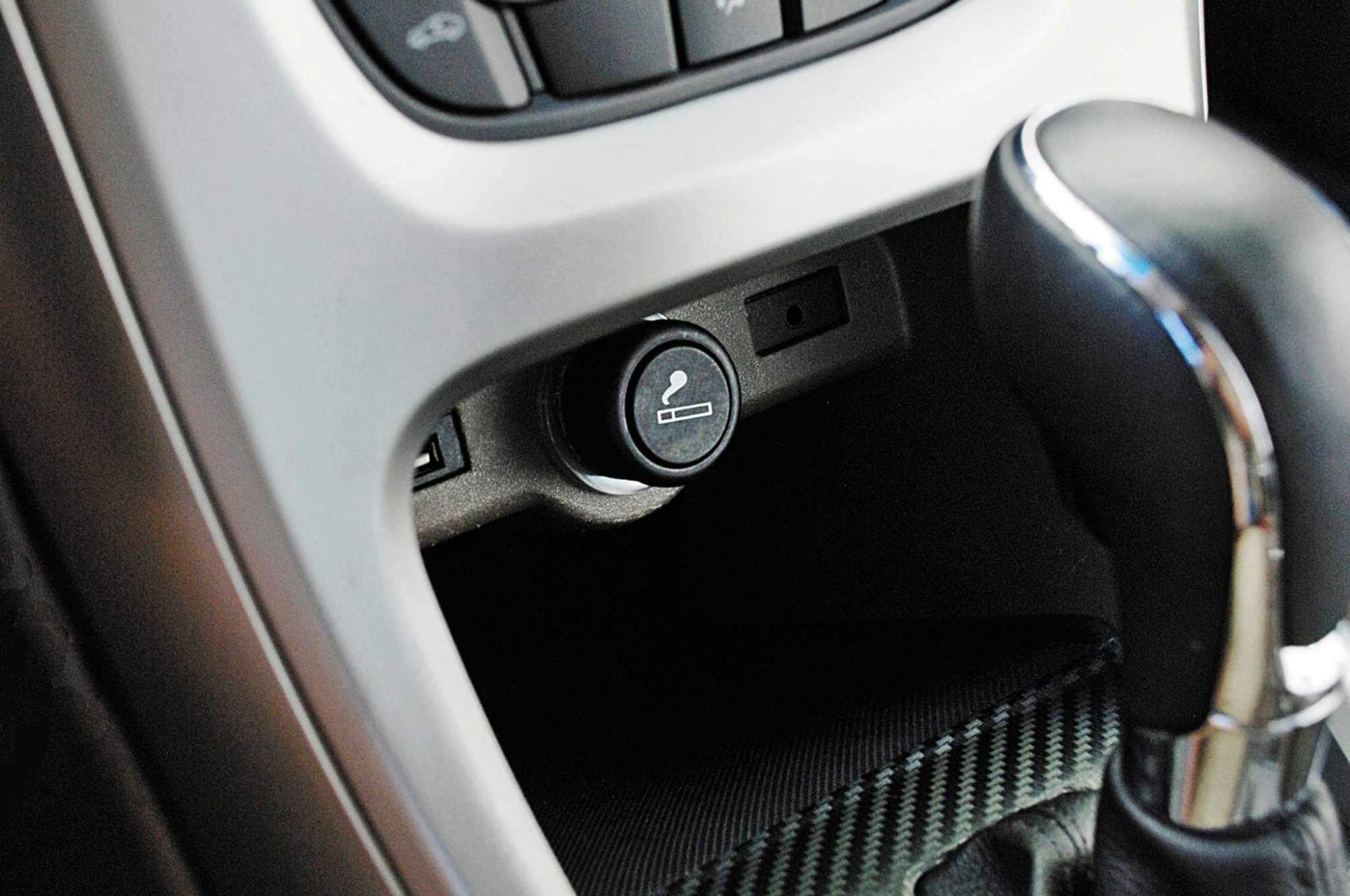 hight resolution of car cigarette lighter dash plug wiring