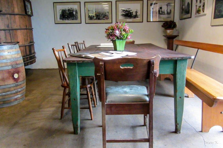 Come scegliere il tavolo da pranzo in legno ideale per il