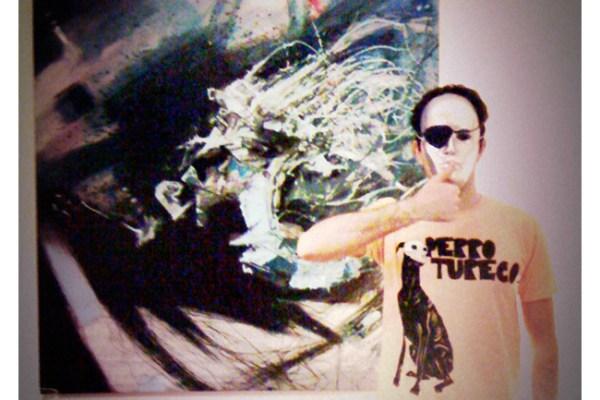 'PERRO TURECO' Tshirt
