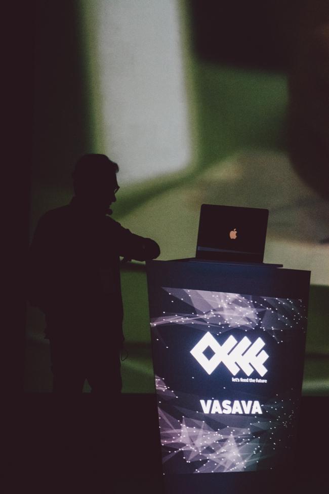 Héctor Castells - Vasava
