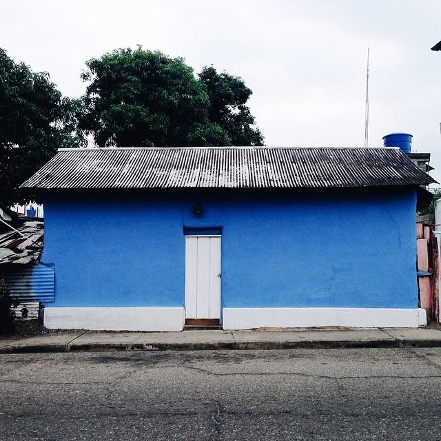 Otra casita azul