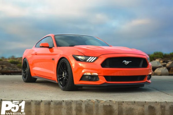 miguel-competition-orange-ford-mustang-gt-competition-pak-concave-rotary-forged-flow-formed-gloss-black-r-spec-wheels-blog-front-quarter