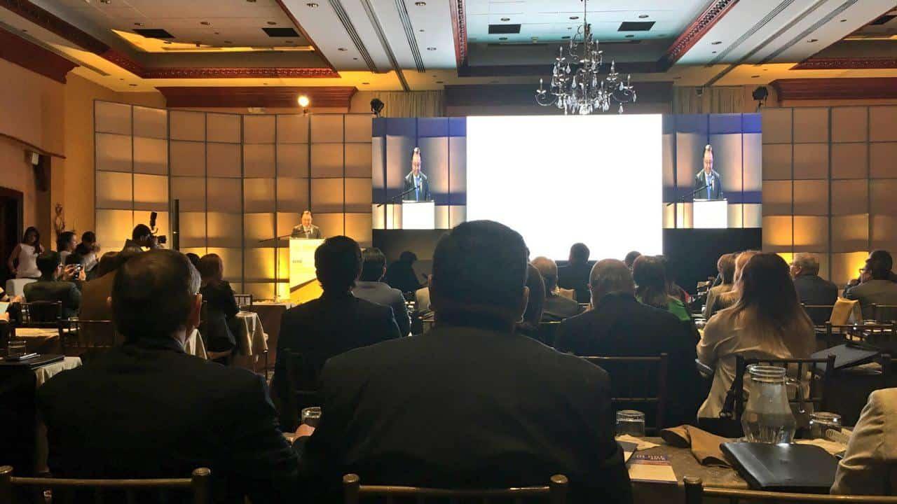 Blockchain e innovación. Así fue la primera jornada #COLADE para bancos, en Ecuador