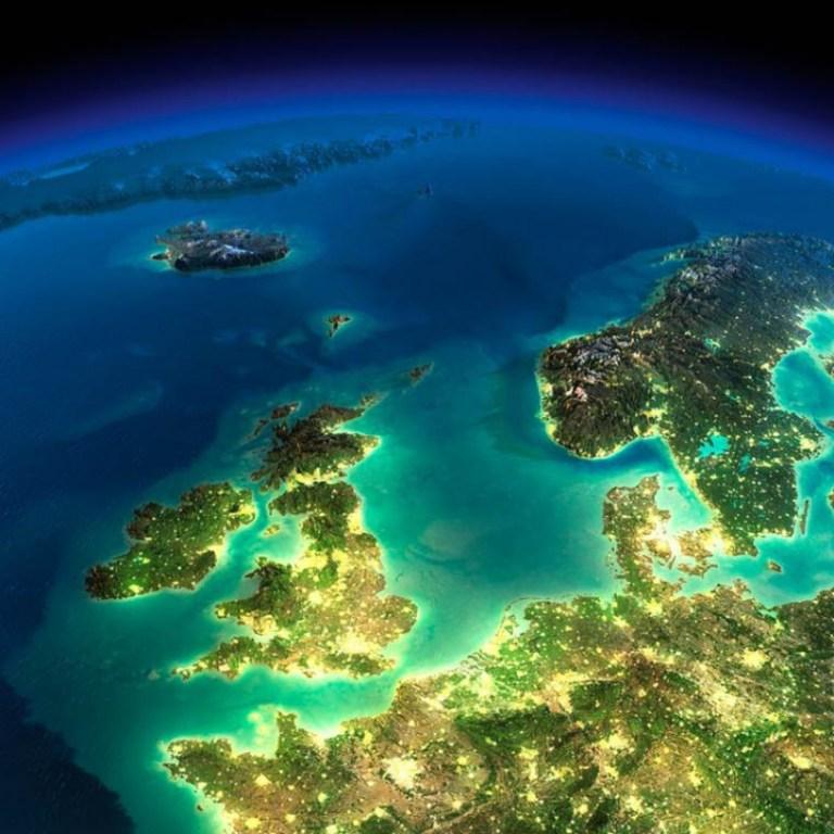 La Terre illuminée (4) - Guillaume Sciaux - Cartographe professionnel