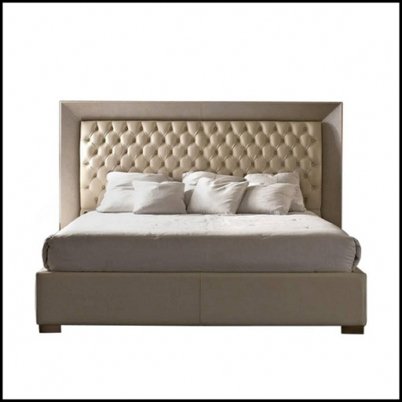 de lit tapisse en cuir