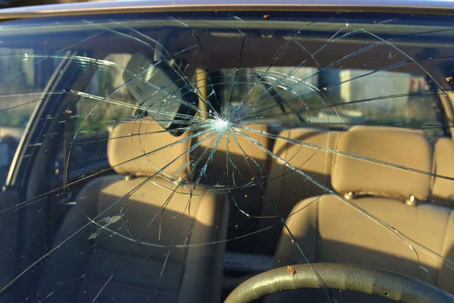 Auto Glass Repair at Pacific Auto Glass in Mesa, Arizona