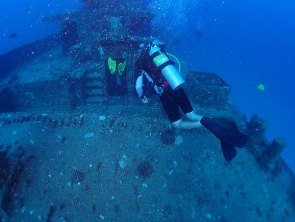 Seatiger Wreck Diving - Oahu, Hawaii