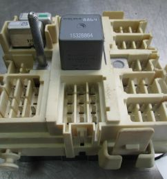 left footwell wiring junction fuse box relay 15190658 oem hummer  [ 1600 x 1200 Pixel ]