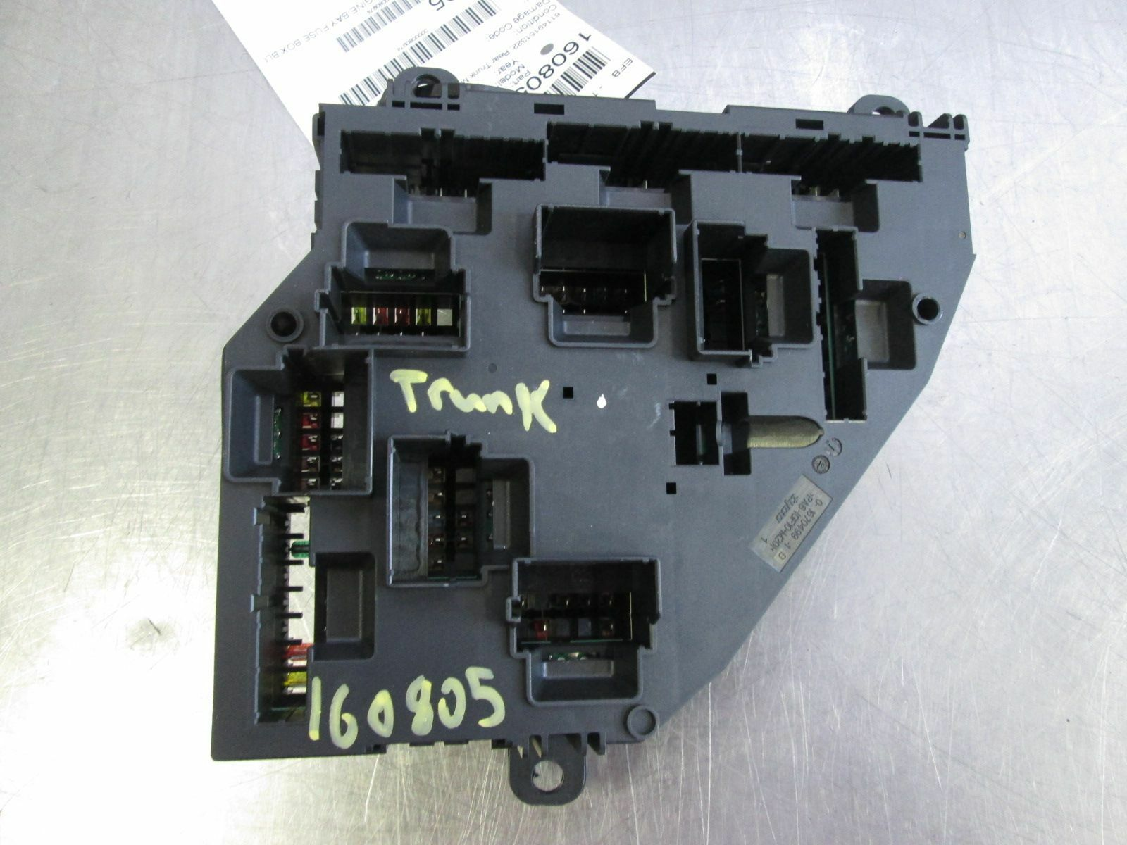 hight resolution of rear trunk power distribution fuse relay box 61149151322 bmw