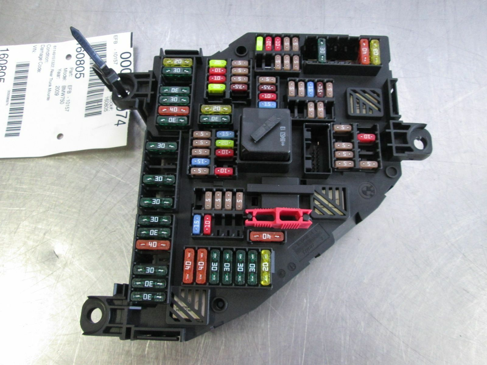 rear trunk power distribution fuse relay box 61149151322. Black Bedroom Furniture Sets. Home Design Ideas