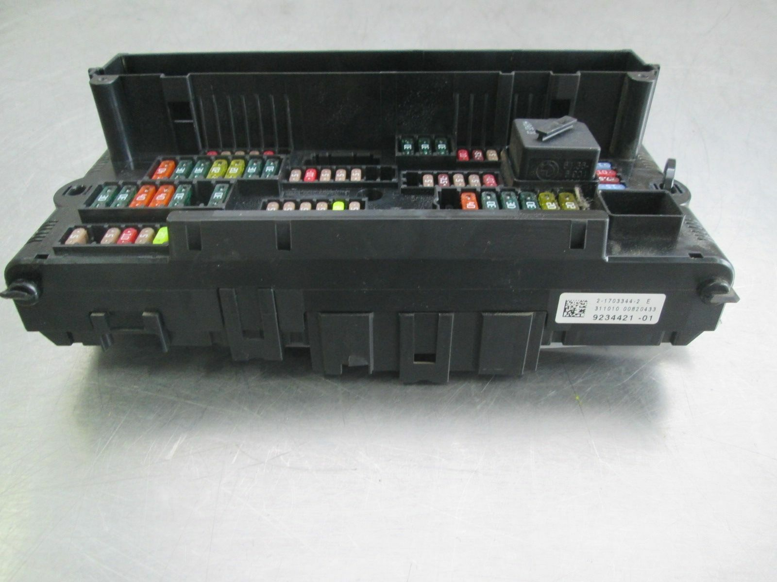 Front Power Distribution Fuse Box 61149234421 Bmw Hybrid 7 750 2009 2017 Bmw  750 Fuse Box 750 Bmw Fuse Box
