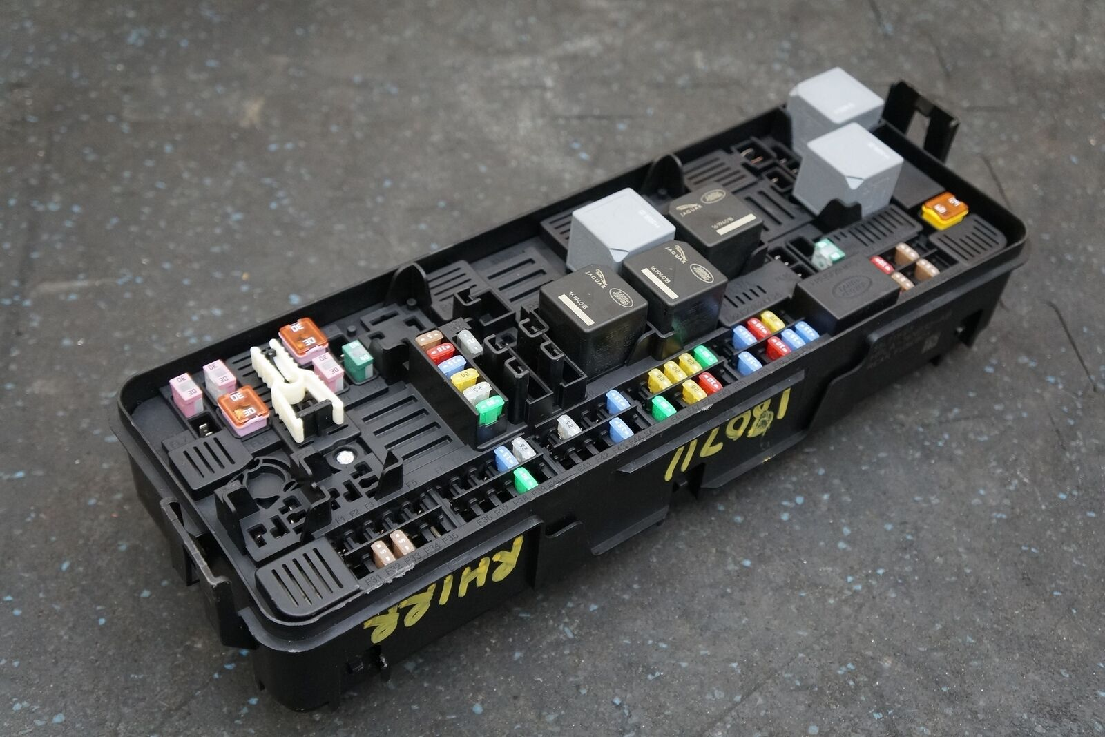 hight resolution of rear body fuse relay junction box panel