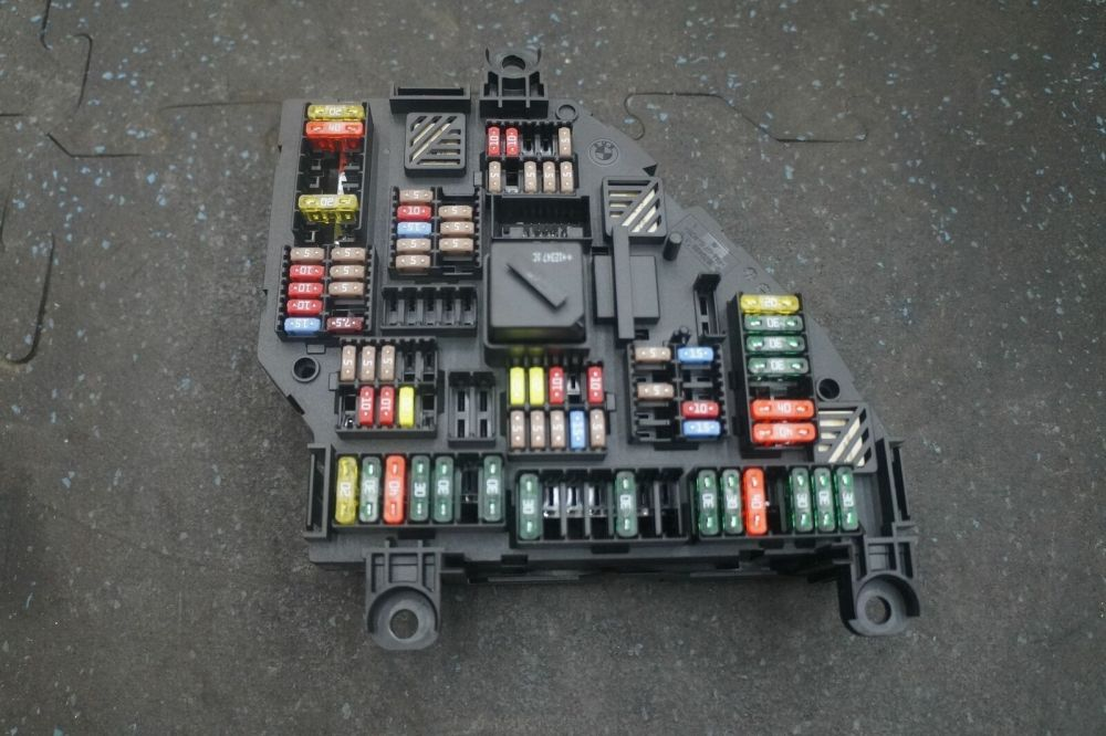 medium resolution of rear power distribution fuse box block relay 61149264923 bmw 535i 2013 bmw 535i fuse box