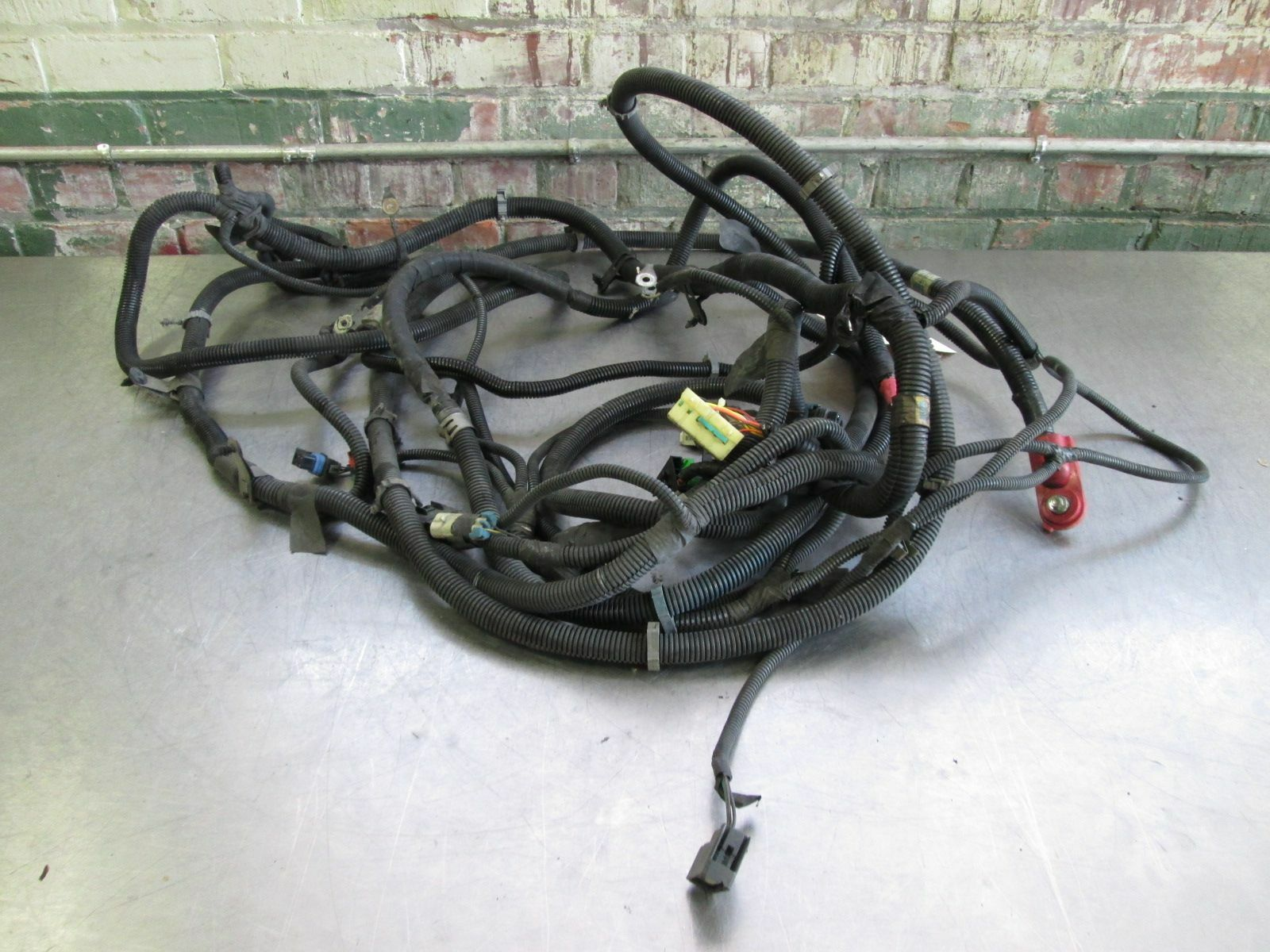 Body Chassis Wiring Wire Harness 6 0l V8 Ls2 4at 4l65e M32