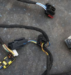electric steering column wiring wire harness 13m1234cp oem mclaren a harness for 6 0 spark plug wire puller mclaren wire harness [ 1600 x 1067 Pixel ]