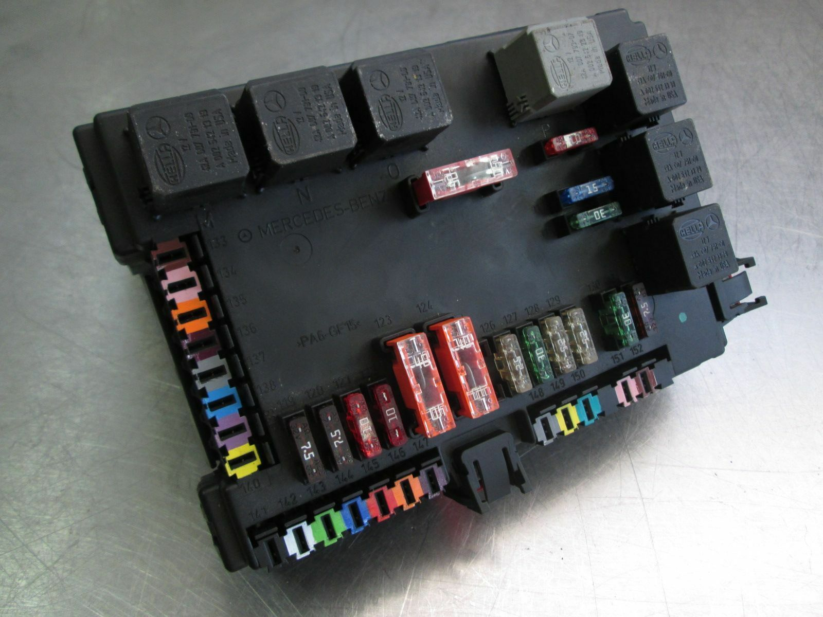 hight resolution of rear signal activation module sam fuse box 2215404762 mercedes s550 w221 2007 09