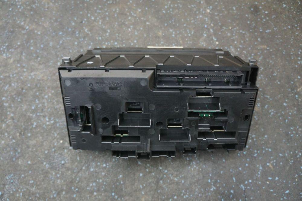 medium resolution of front body control module fuse box block 61356823587 bmw f12 6 series