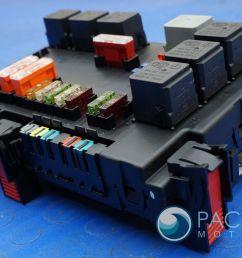 fuse box  [ 1600 x 1067 Pixel ]
