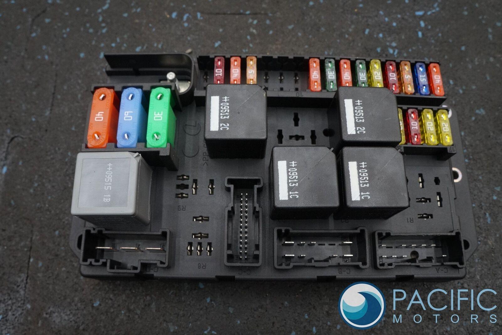 Rear Trunk Fuse Relay Box Block Aw9314a073bc Jaguar Xj Xjl X351 2011