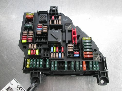 small resolution of rear trunk power distribution fuse box