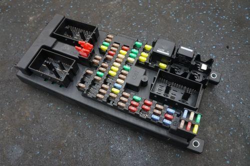 small resolution of body processor control module fuse box