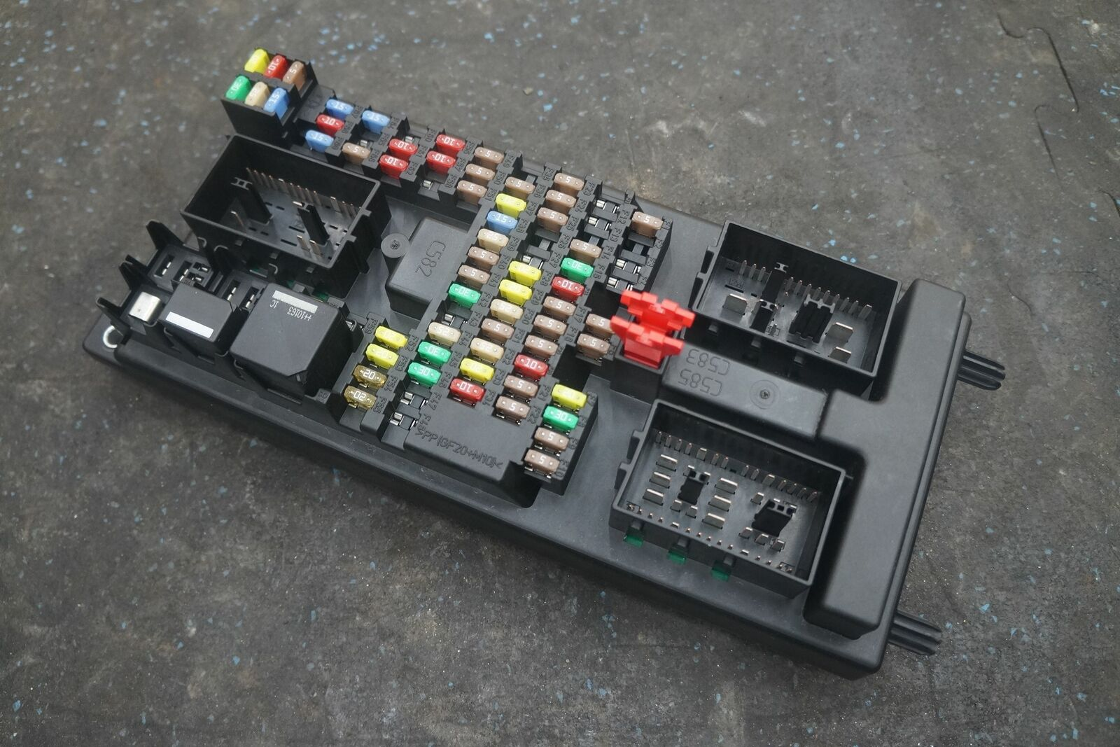 hight resolution of body processor computer control module fuse box c2d20176 oem jaguar xj