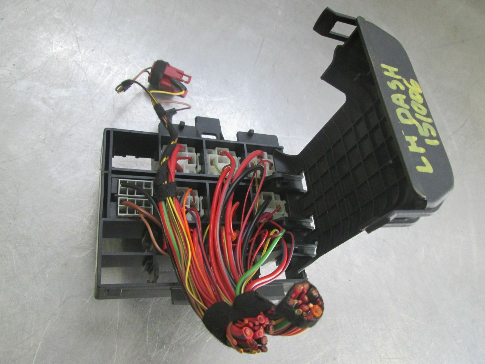 Fuse Box Porsche 911 Electrical Wiring Diagrams Cayenne 2011 Front Dash Relay Junction Block 99761011000 997 Cover