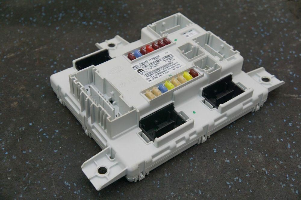 medium resolution of alfa romeo fuse box location