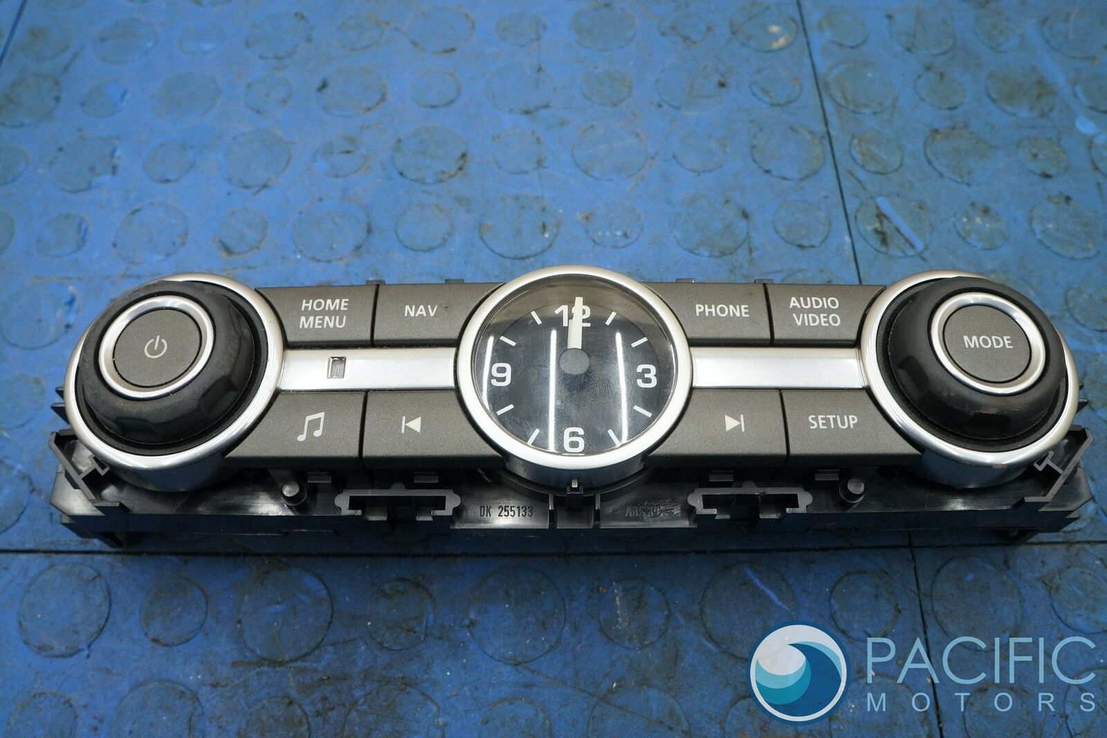 hight resolution of dash sound system radio control switch clock lr029583 land rover