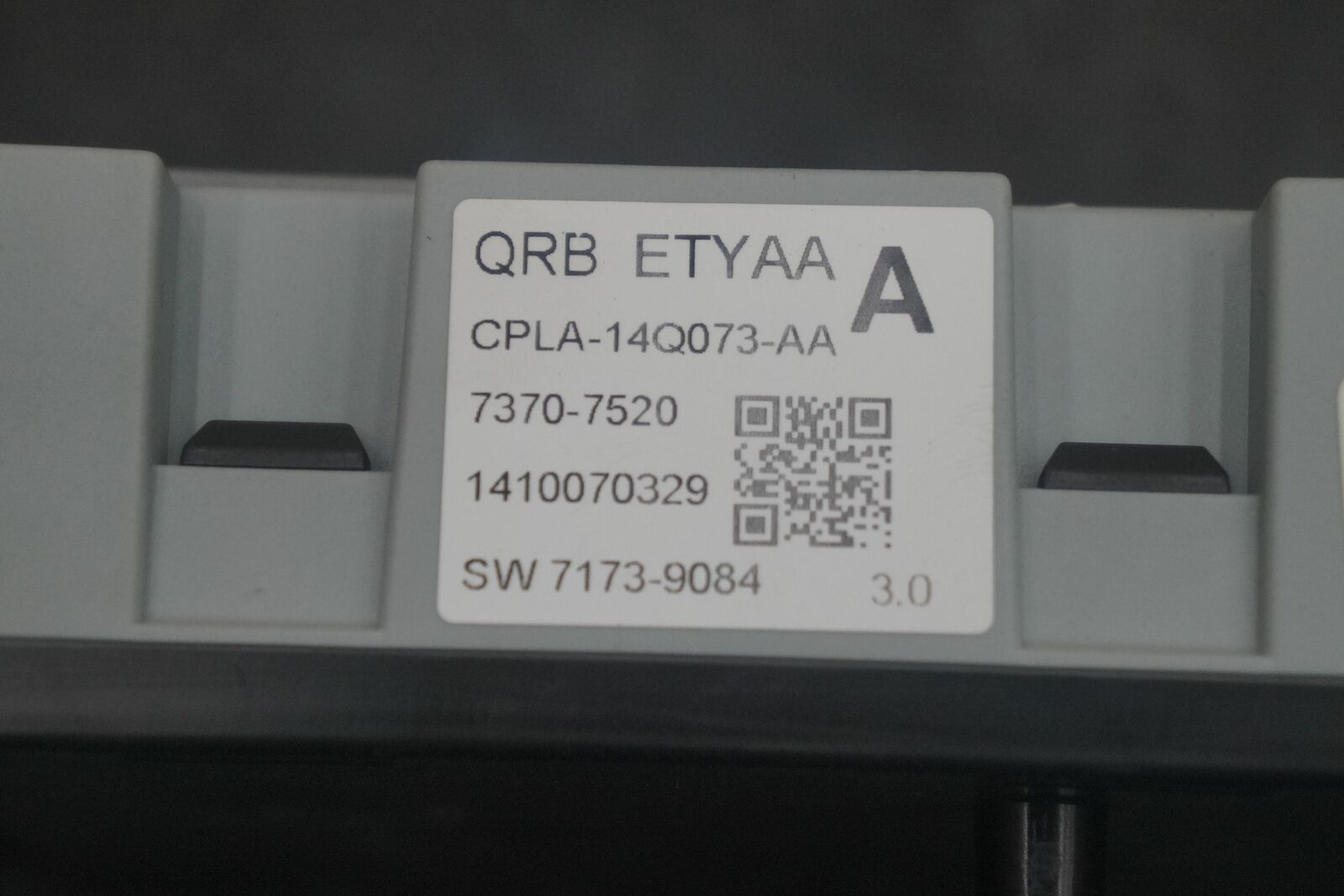 hight resolution of engine fuse box junction block c2d23644 cpla14q073aa oem jaguar f type