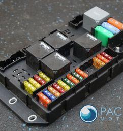 rear quarter trunk fuse box relay block c2d2465 aw9314a073bc jaguar xj xjl 2011 [ 1600 x 1067 Pixel ]