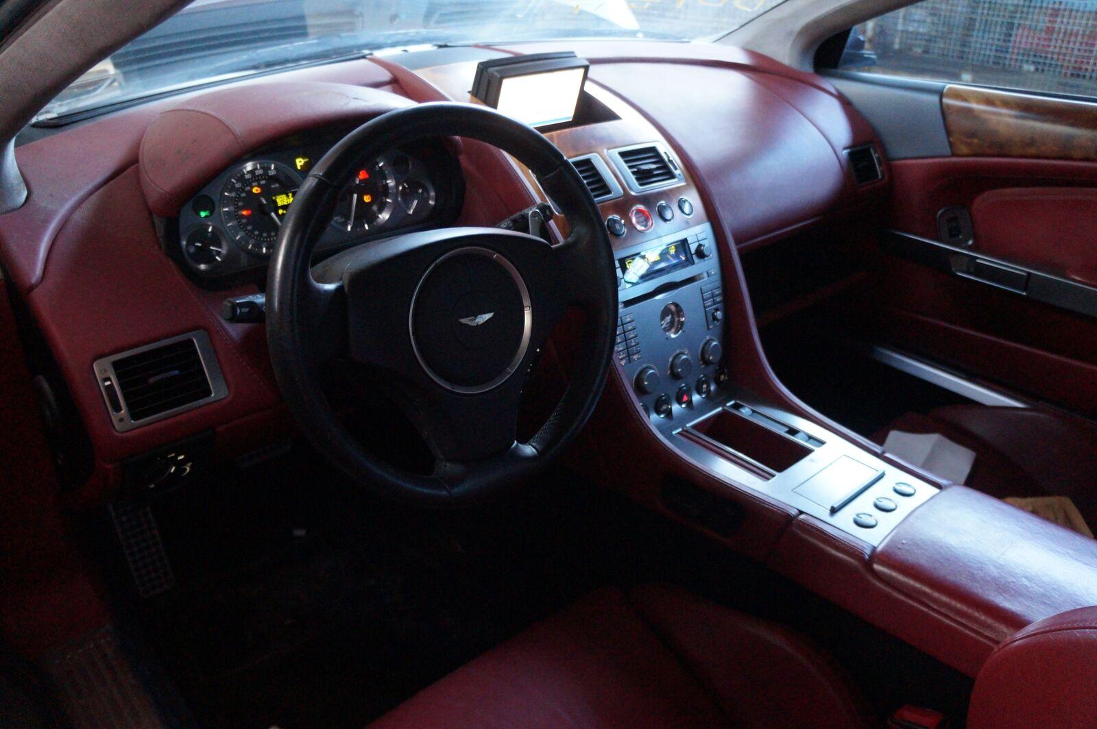 Cabin Distribution Fuse Box Body Control Modul 4G43-14C272-AH Aston Martin  DB9
