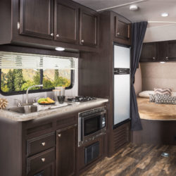 Jayco2017__Octane260_GalleyBed