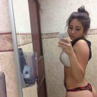 Pack De Sofia Almaguer Linda Jovencita Tetona Completamente Desnuda Enseñando Su Vagina Afeitada (VIP)