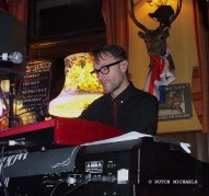 Squeeze - 14 November 2012 - live at the Pelton Arms by Dutch Michaels