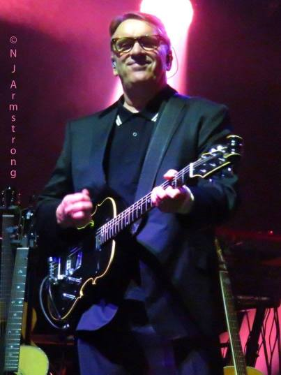 2015-09-26 G-Live - Photograph by Nicky Armstrong