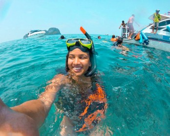 Packs Light - Scuba Diving - Young Female Solo Travel