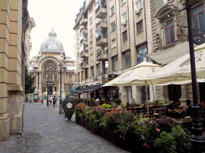 3 days in Bucharest, Romania: things to do | PACK THE SUITCASES