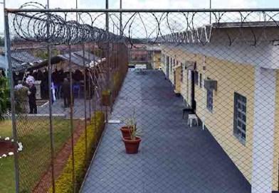 Ratinho quer terceirizar gestão de presídios do Paraná