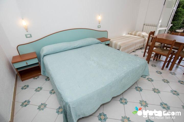 master-bedroom--v12528809-720