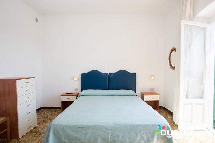 master-bedroom--v12528933-720