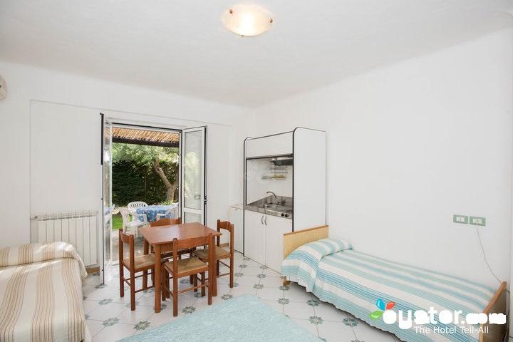 master-bedroom--v12529133-720