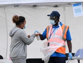 UK asegura llegada de segunda ola de contagios de Covid-19